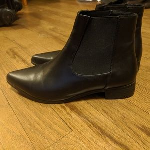 Leather elastic ankle boots